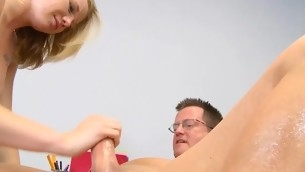 tenåring blowjob handjob blonde