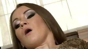 tenåring blowjob brunette anal