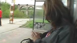 tenåring babe blowjob utendørs