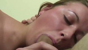 tenåring blowjob doggystyle facial